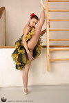 ballet teen dancer