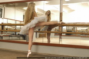 ballet dancer naked