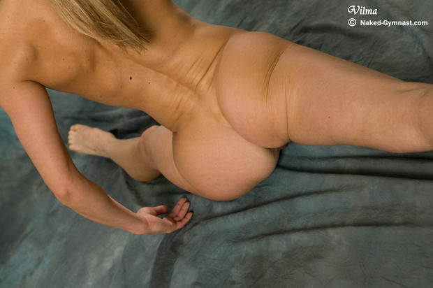 models flexible young non nude