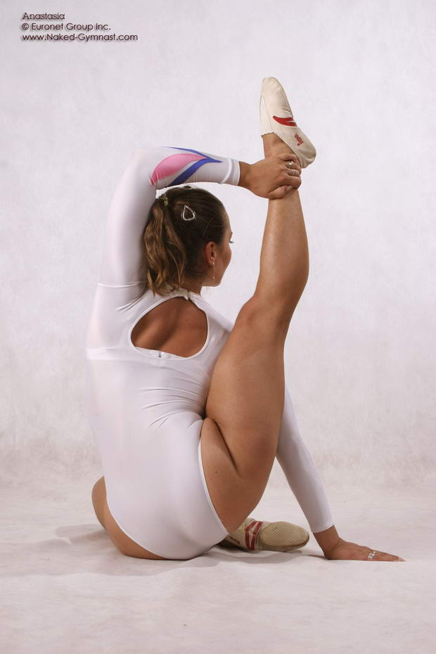 very flexible nude