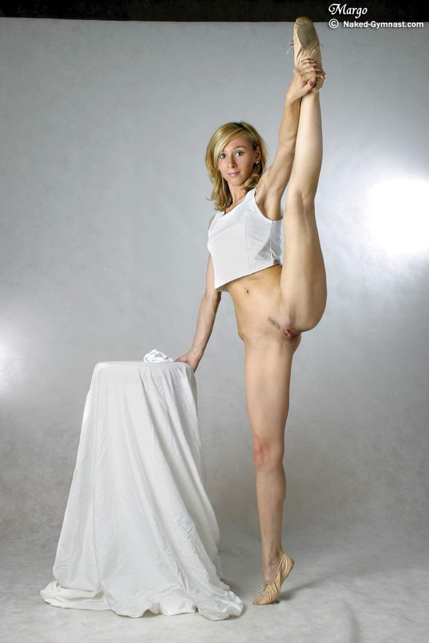 flexible nude ballet dancers video