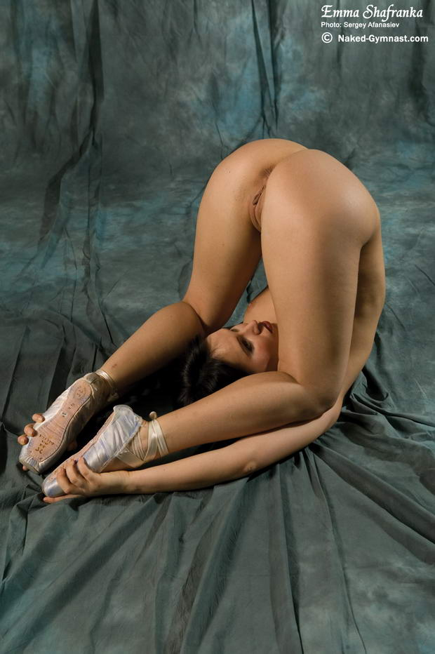 hot naked flexible